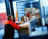Fizyczna praca Anglia w Worcester przy załadunku i rozładunku towarów