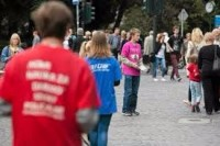 Ogłoszenie fizycznej pracy w Niemczech dla studentów bez języka Berlin rozdawanie ulotek