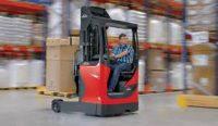 Logistyka – fizyczna praca w Polsce jako operator wózka widłowego z UDT